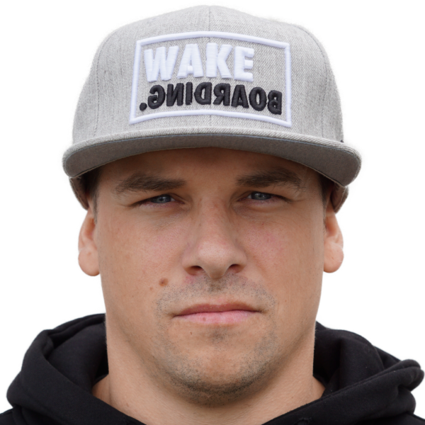 Yupoong FLEXFIT Classic Snapback wakeBOARDING. grey/black